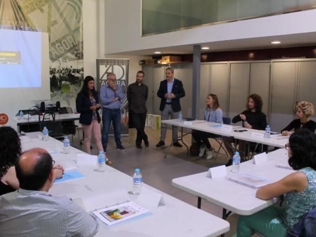 Reunió de treball en una edició anterior d'Activa Àgora