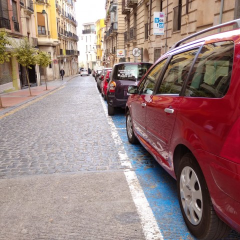Places d'aparcament en el Centre d'Alcoi.