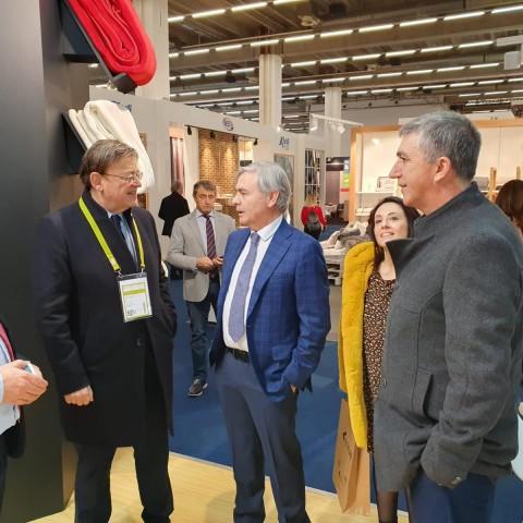 El conseller Climent i el president Puig a la fira de Frankfurt.