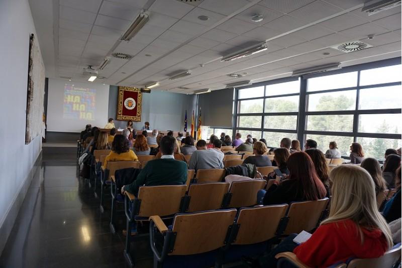 Sessió a les XXIV Jornades de sociolingüística d'Alcoi.