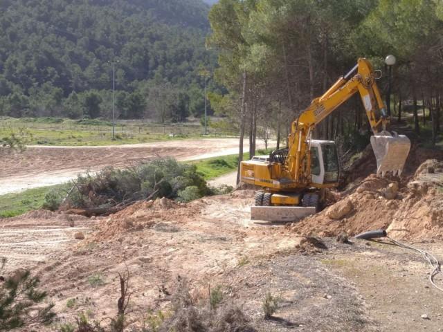 S'inicien les obres del nou camp de gespa artificial alFranciscoLaporta