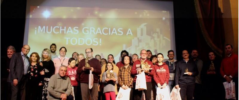 Els premiats, amb organitzadors i autoritats / Sant Rosa