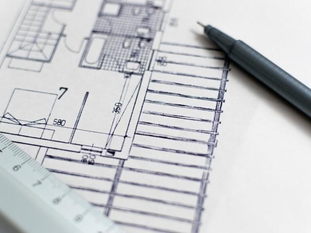 Ibi crea borses de treball d'arquitecte tècnic i socorrista