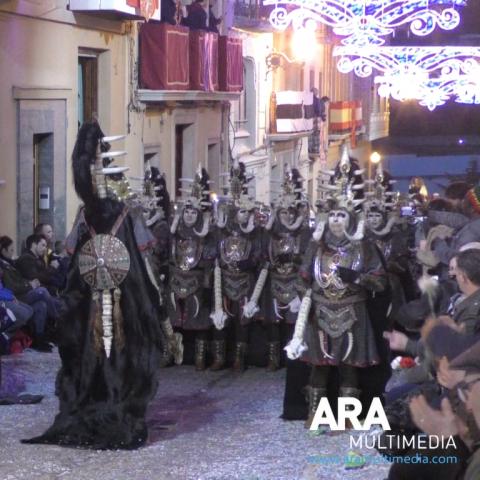 Reviu l'entrada de Moros i Cristians de Bocairent