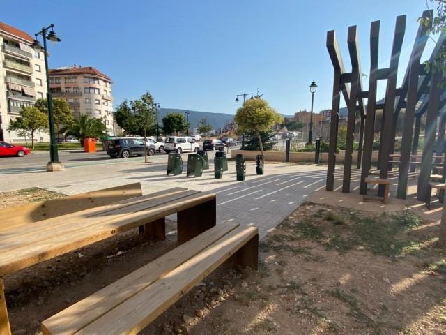 Àrea de descans al carrer Carmen Vidal / Facilitat per Ajuntament d'Alcoi