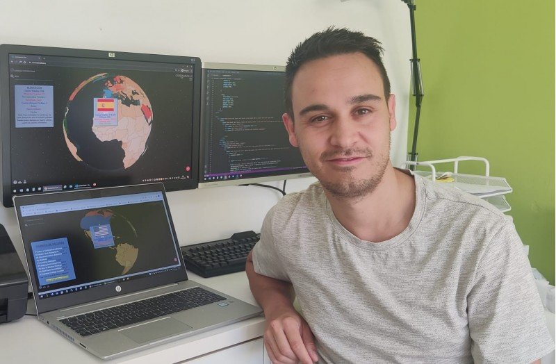 Jordi Iborra i la seua página 'Coronavirus Live' / Facilitat per Jordi Iborra