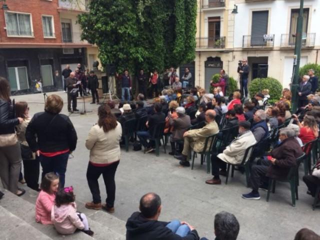 Plaça el Fossar / AM