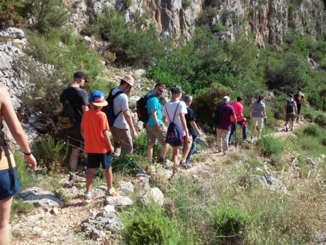 Les Mancomunitats de l'Alcoià i el Comtat i de la Vall d'Albaida ens presenten la programació de 'Senderisme entre muntanyes 2020'