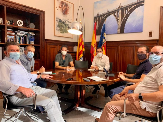 Reunió a l'Ajuntament / Ajuntament d'Alcoi