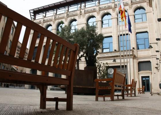 La plaça Ferr+andiz i Carbonell
