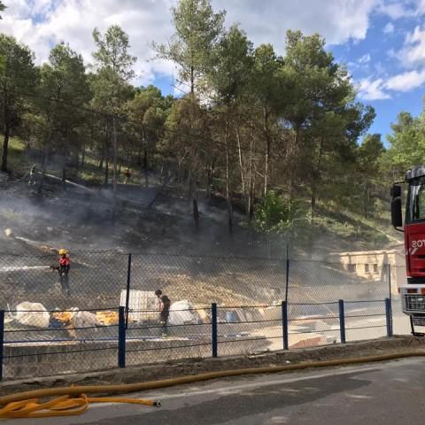 S'han produit alguns xicotets incendis en paratges com la Font del Quinzet o Preventori / Ajuntament d'Alcoi
