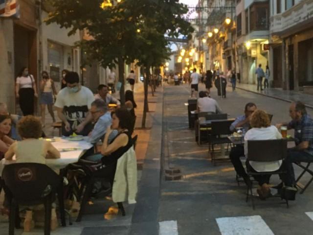 Una imatge del dissabte a la nit en l'encreuament entre Mossèn Torregrossa i Sant LLorenç