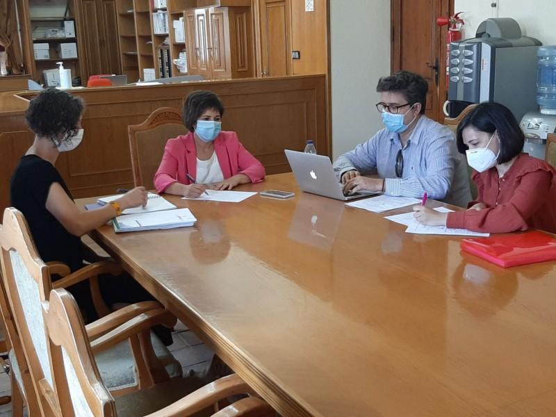 Reunió amb representats de l'empresa Equalitat // Foto de l'Ajuntament de Castalla