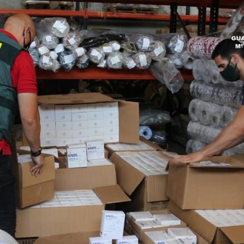 Dos detinguts per vendre mascaretes no homologades i amb segells falsificats