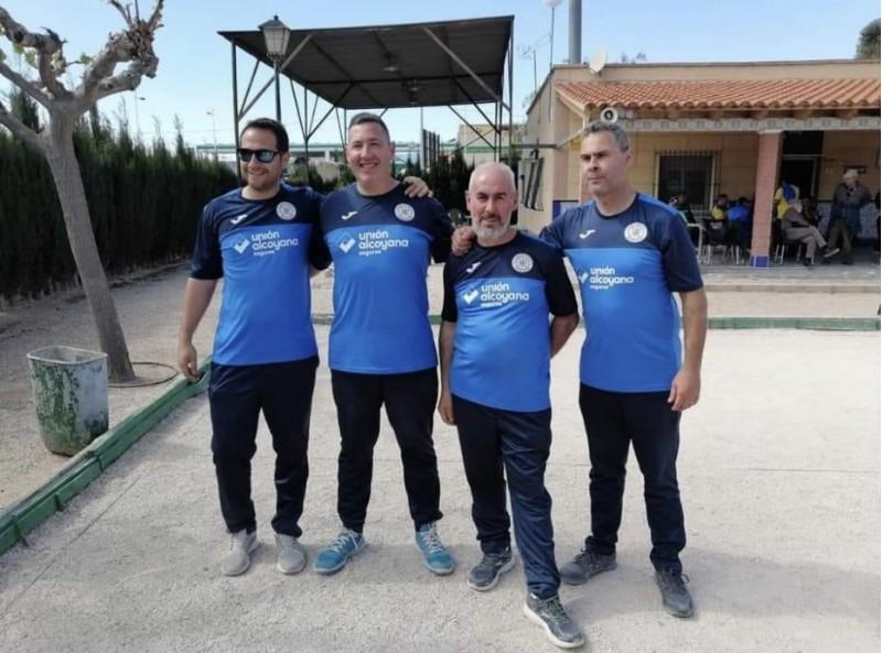 Membres del Club Boles Alcoi // Via Facebook