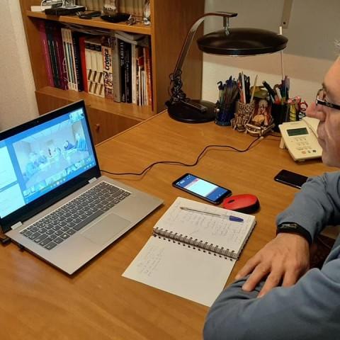 El Conseller Rafa Climent en una sessió de teletreball / Facebook GVA Economia Sostenible