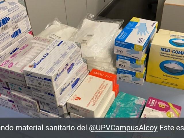 Guants, bates, màscares i alcohol. El Campus d'Alcoi arreplega material sanitari per a l'Hospital Verge dels Lliris
