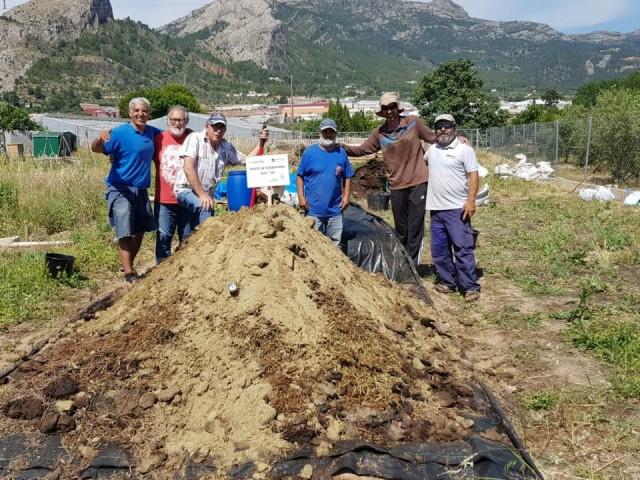Cocentaina aconsegueix un compost d'alta qualitat amb les deixalles dels ramaders i agrícoles locals