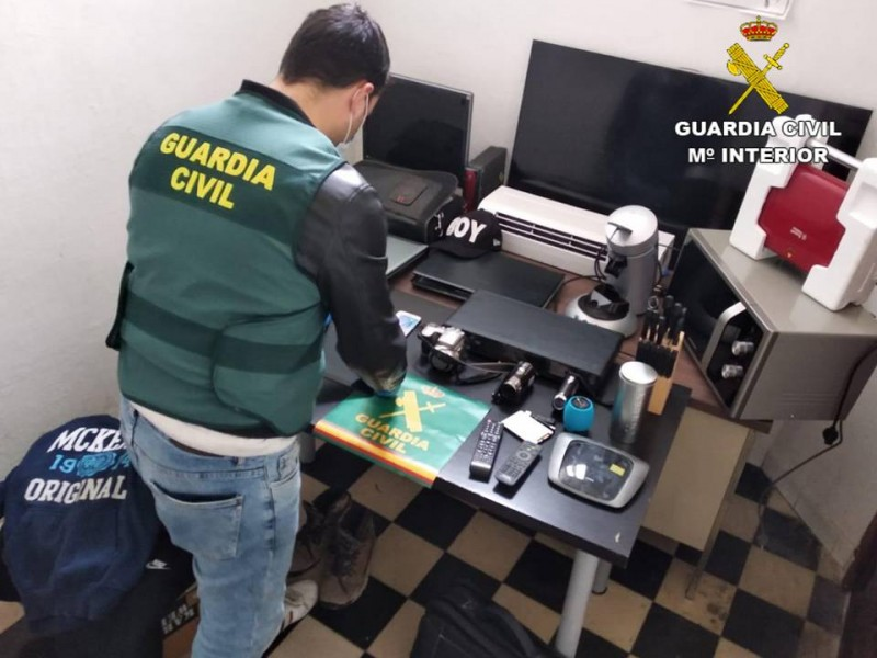 Objectes recuperats. Imatge de la Guàrdia Civil
