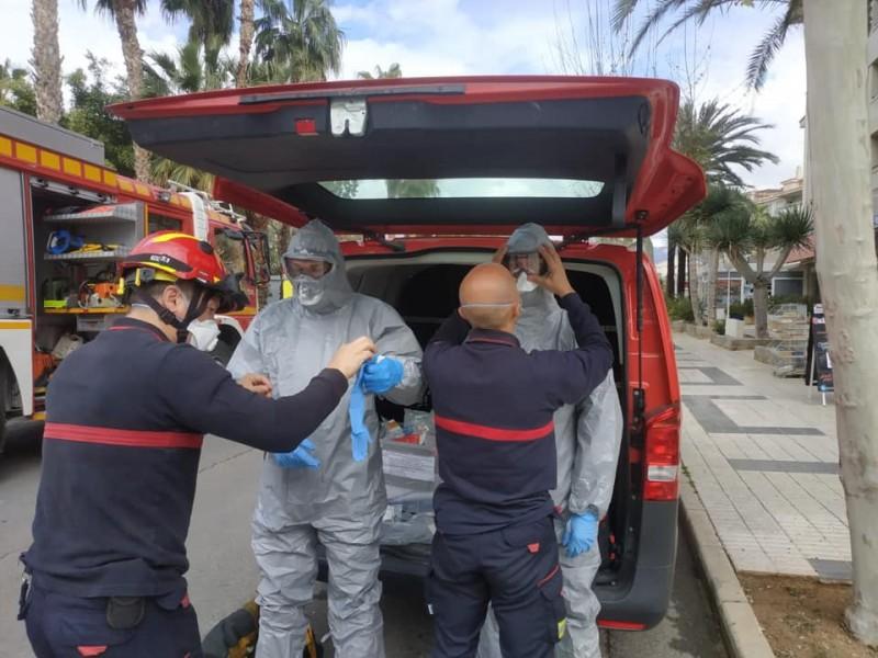 Bombers del Consorci seguint les mesures de prevenció davant la pandèmia.