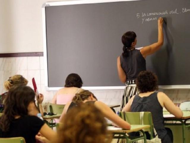 Es proposa ajornar les oposicions docents de Secundària a juny de 2021