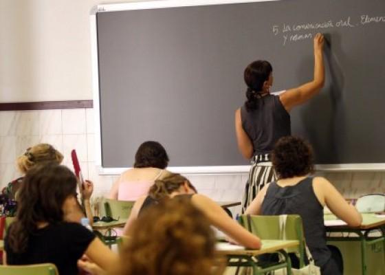 La Universitat de València llança una enquesta per conéixer les pràctiques docents durant el confinament