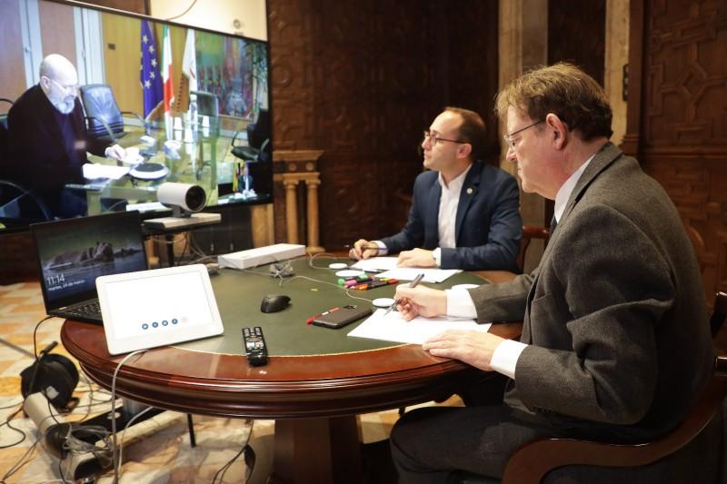 Sessió de treball del president Puig.