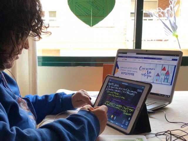 Una sessió de les classes virtuals de La Salle