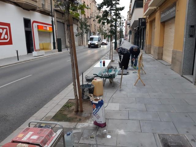 Revisió de les obres a Entença / Ajuntament