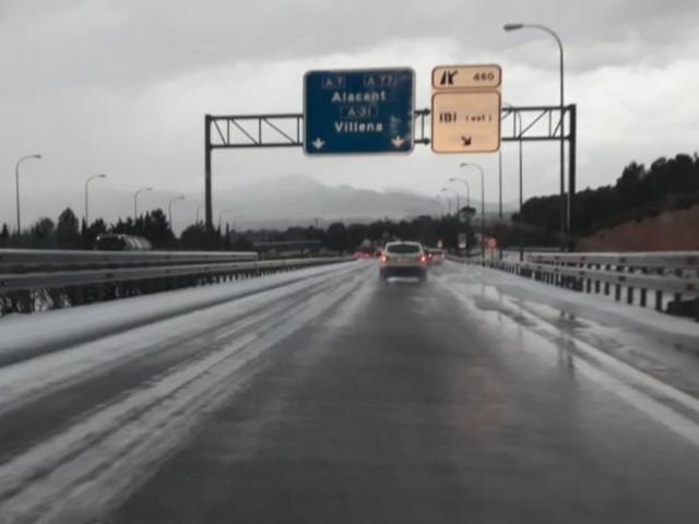 Atenció, gel i granís a l'autovia