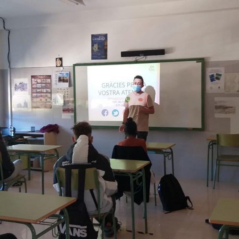 Una de les activitats de SOLC al Pare Arques amb Ignacio Borrell / SOLC