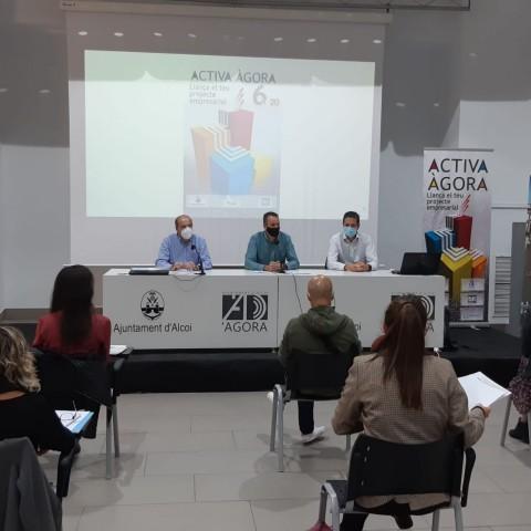 Presentació dels projectes a Àgora./ AM