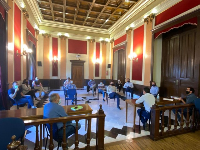 Reunió amb distints departaments / Ajuntament