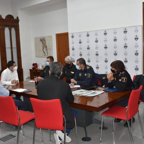 Reunió d'aquest mateix 21 d'octubre per a concretar el dispositiu. Imatge facilitada per l'Ajuntament.