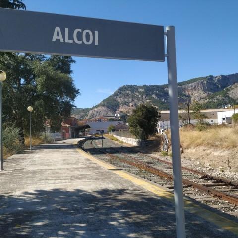 Primer pas per a la remodelació integral del tren Alcoi-Xàtiva