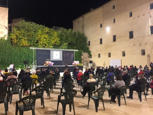 Inauguració al Palau Comtal / AM