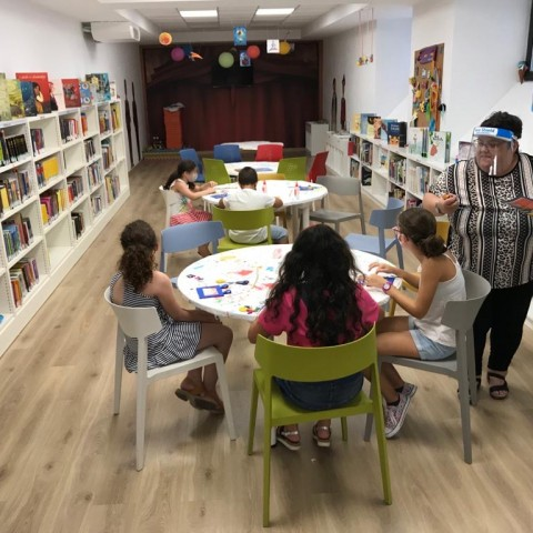 Biblioteca de Tirisiti / Arxiu AM