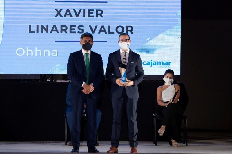 Xavier Linares amb el premi