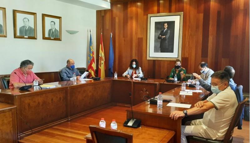 Reunió / Imatge facilitada per l'Ajuntament de Cocentaina