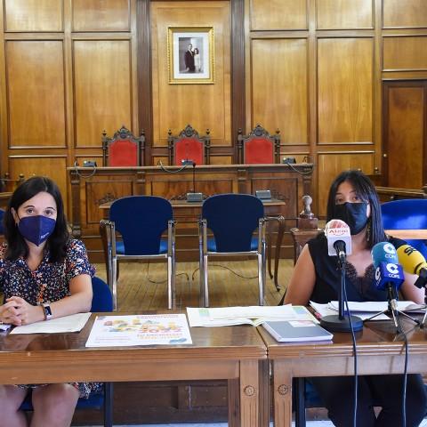 Roda de premsa Teresa Sanjuán, regidora de Democràcia Participativa