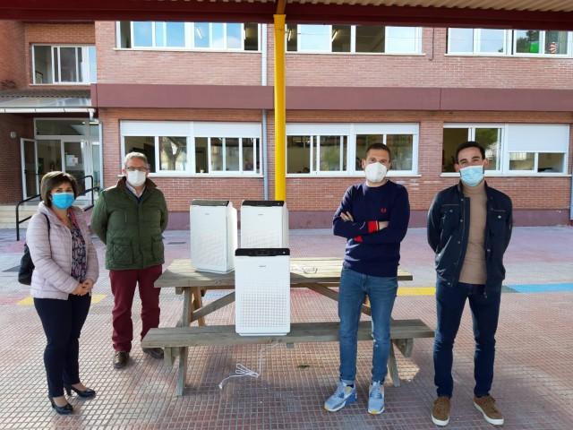 Recepció dels purificadors d'aire / Ajuntament de Castalla