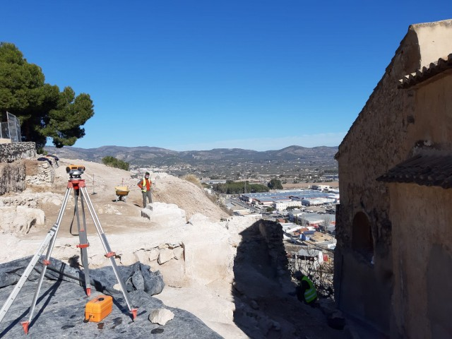 Castalla recupera l'antiga muralla medieval