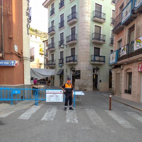 Preparació del dia de mercadet a Cocentaina