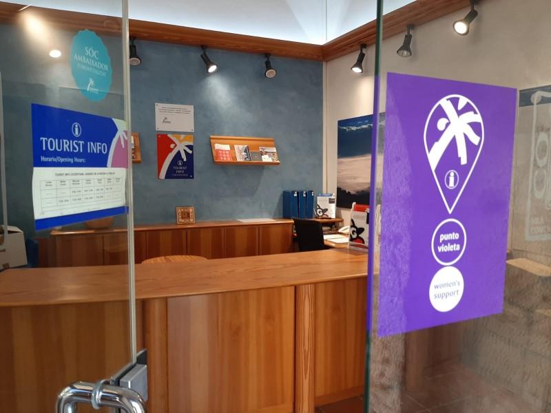 Oficina de Turisme de Cocentaina amb Punt Violeta