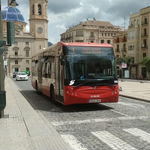 L'Ajuntament d'Alcoi vol tindre el nou contracte de l'autobús en juliol del 2022