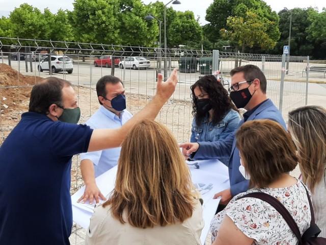 Visita de Víctor García a les obres del col·legi Don Bosco de Cocentaina