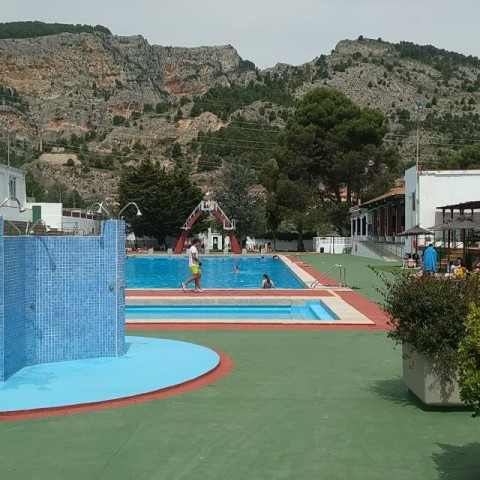 Primer dia de piscina a Alcoi