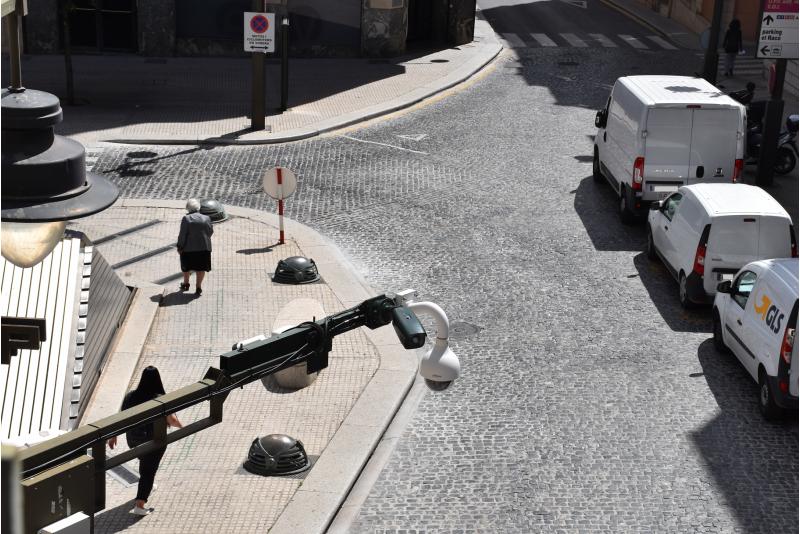 Càmera a la Plaça Espanya / Ajuntament