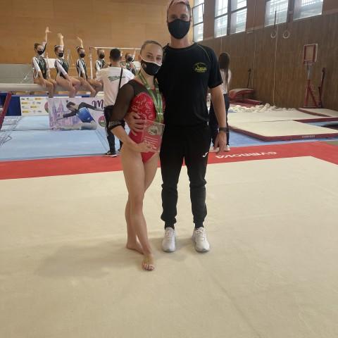 La gimnasta alcoiana Laura Casabuena obté el octau lloc a la Lliga Iberdrola