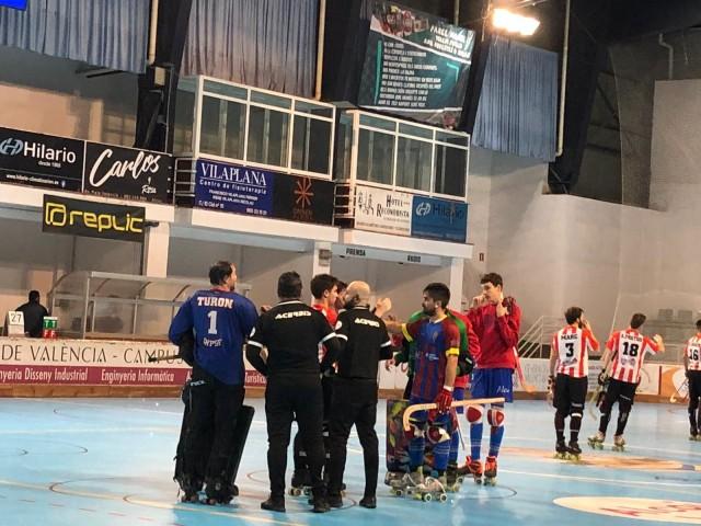 L'equip mostra una gran concentració / Álvaro Molina